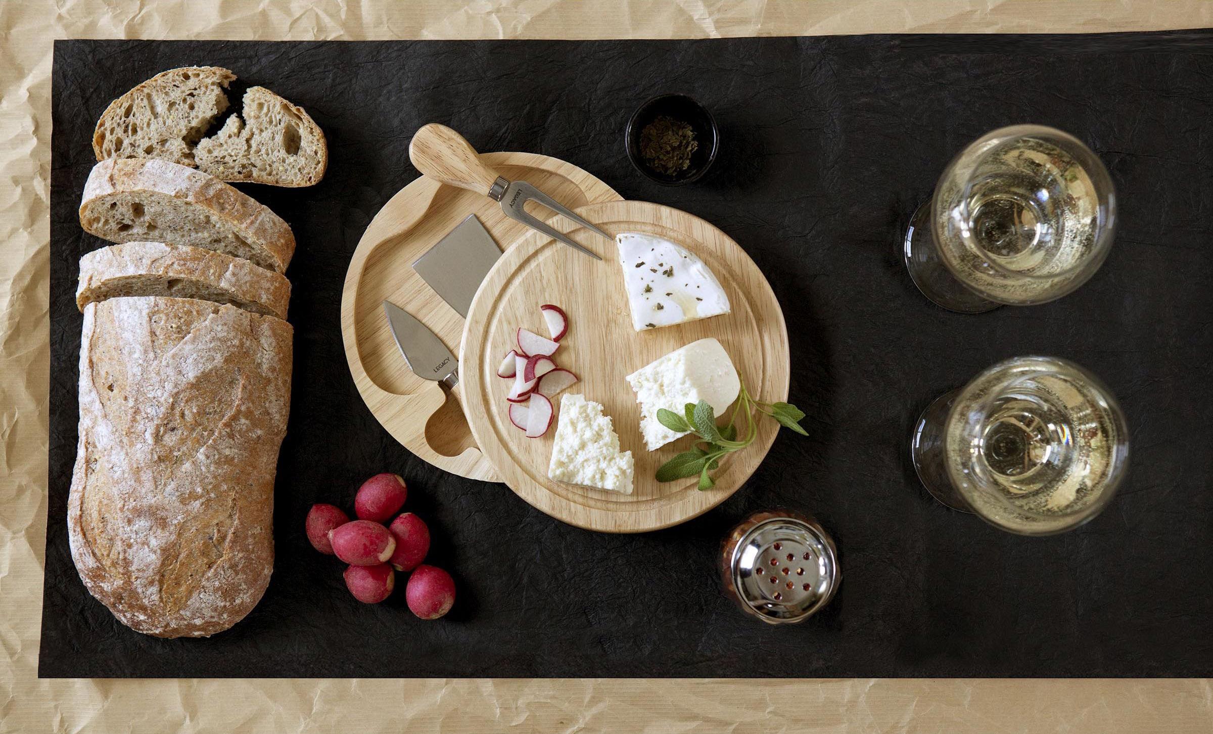 Picnic Time ツール付ゴムの木製チーズボード