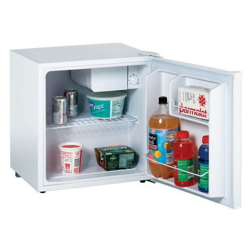 Avanti コンパクト冷蔵庫