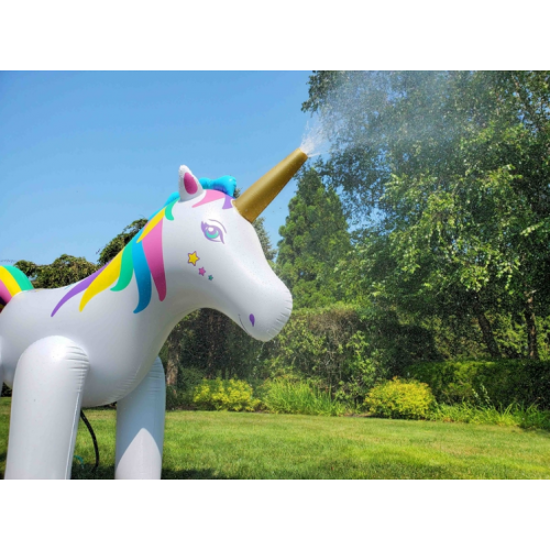 International Leisure 巨大ユニコーン水鉄砲 (14001) / HUMONGOUS UNICORN SPRINK